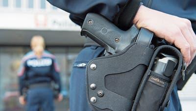 Die Polizei soll mit dem neuen Bundesgesetz mehr Mittel zur Prävention von Terrorismus erhalten. (Bild: Urs Flüeler/Keystone)