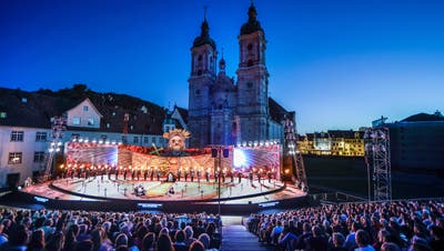 Szene der St. Galler Festspiele 2019 mitGiuseppe Verdis Oper «Il trovatore». (Bild T+T Fotografie)