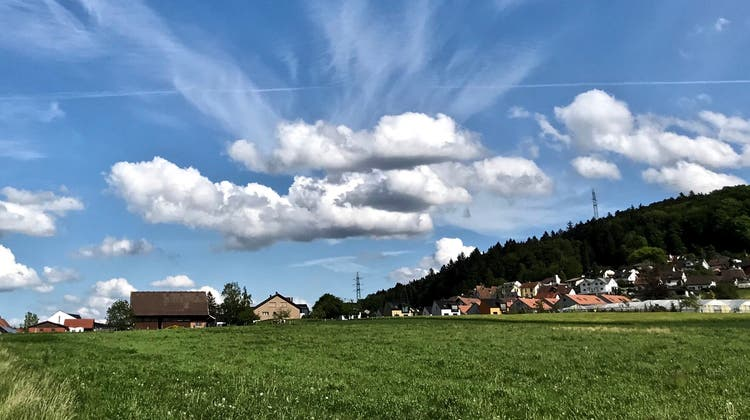 Die Gemeindeversammlung des950-Seelen-Dorf Hüttikon liess die Einbürgerung durchfallen – mit neun Nein- zu sieben Ja-Stimmen. (Archivbild: zvg)