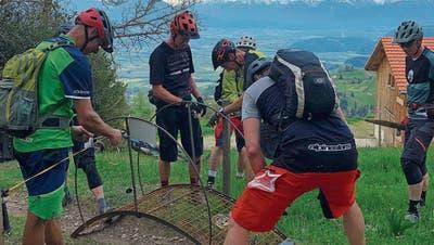 Freie Fahrt für Mountainbiker dank neuer Weidezaun-Übergänge