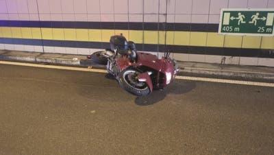Im Plattitunnel kam es am Pfingstsonntag zu einem Töffunfall. (Bild: Kantonspolizei Uri)