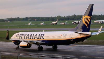 Kam mit mehr als acht Stunden Verspätung doch noch in Vilnius an: Der Ryanair-Flug aus Athen. Nicht mehr mit an Bord: Der weissrusssische BloggerRoman Protasewitsch. (key)