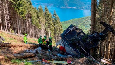 Die Bergrettung im Einsatz. (Cnsas Handout / EPA)