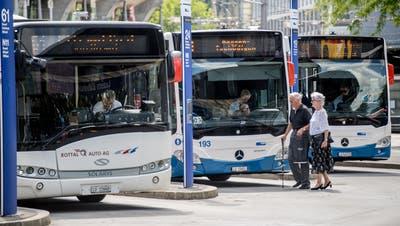 Masken im öffentlichen Verkehr.Maskenpflicht Corona VBL SBB PostFotografiert am 22. Juni  2020 in Luzern.Nadia Schärli / Luzernerzeitung (Nadia Schärli / Luzerner Zeitung)