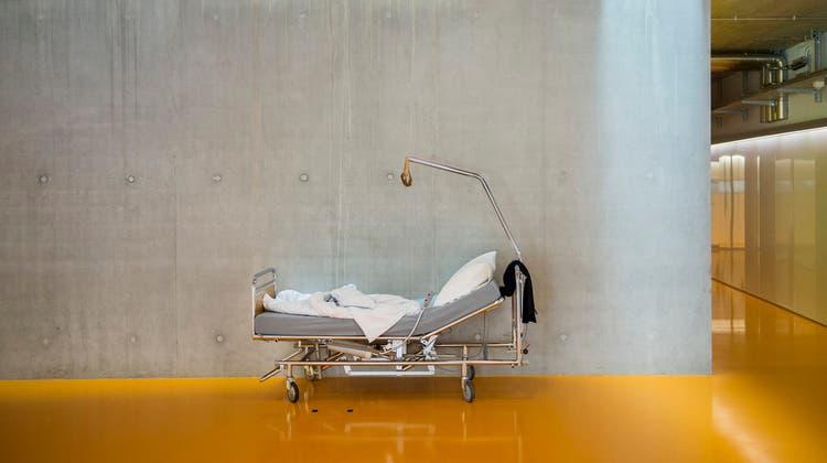 Laut Finma gibt es bei Krankenzusatzversicherungen «Missstände». Nun fordert der Konsumentenschutz per Strafanzeige Klarheit. (Symbolbild) (Urs Bucher)