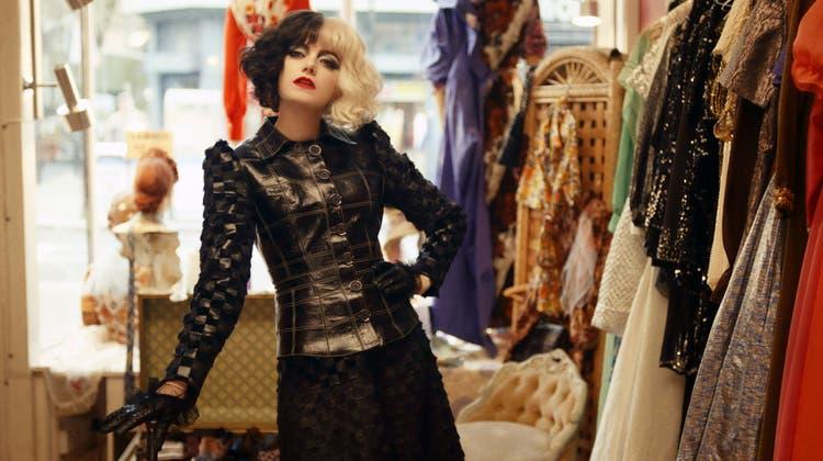 Sehr viel Punk und tut dem Film gut: Emma Stone als Cruella de Vil. (Bild: Disney/AP)