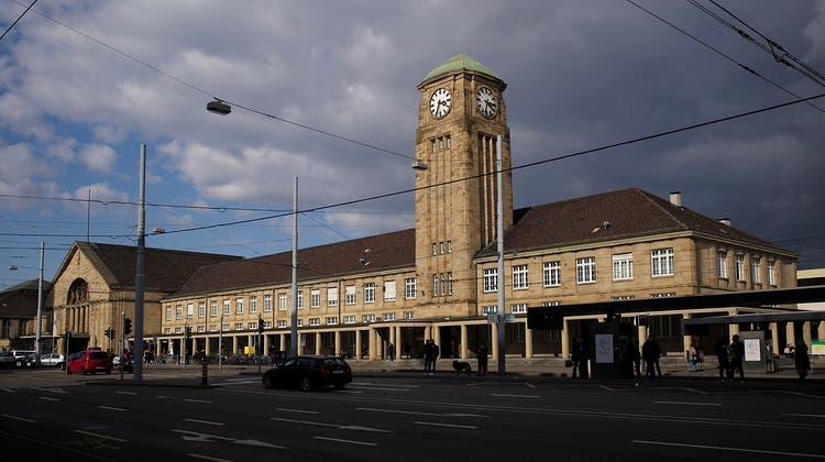 Mageres Medien-Angebot im Badischen Bahnhof