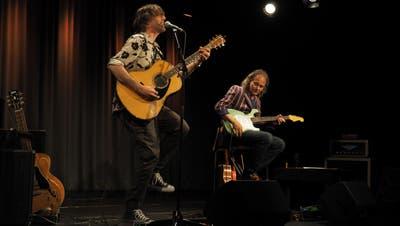 Adrian Stern und Jean-Pierre von Dach standen gleich zweimal auf der Fabriggli-Bühne. (Bild: Samuel Gähwiler)