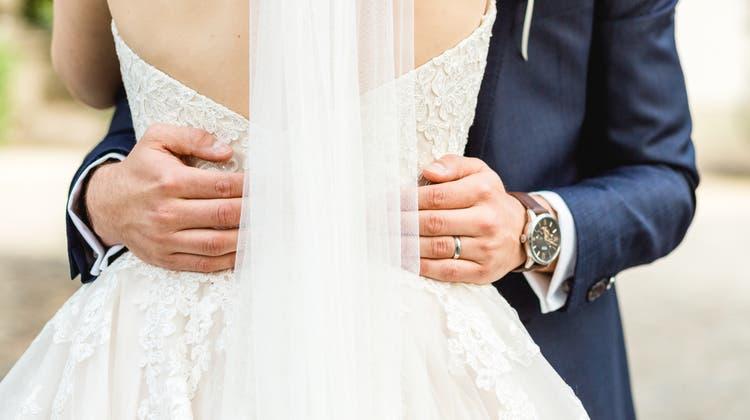 Ein Fest ganz ohne Einschränkungen: Damit müssen Brautpaare noch warten. (Sandra Ardizzone)