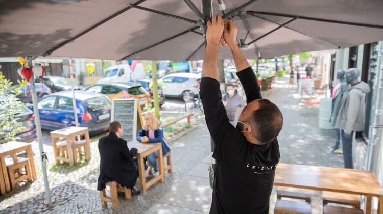 Wieder offen, aber mit Einschränkungen: Hartes Brot für die Gastronomie (Bild: Boris Bürgisser (Luzern, 15.mai 2021))