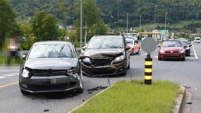 An beiden Autos entstand erhebliche Sachschaden. (Bild: Kapo SG)