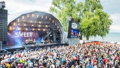 Ein Bild aus ausgelasseneren Zeiten: Ein Konzertabend am Kulturfestival St.Gallen. (Bild: Urs Bucher)