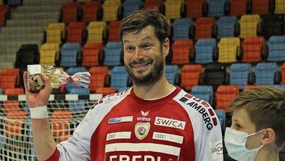 Gleich in seinem ersten Spiel wurde er zum besten Krienser gewählt: Goalie Pascal Stauber.