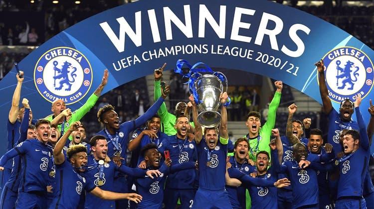 Der FC Chelsea gewinnt die Champions League. Die Londoner setzen sich im rein englischen Final gegen Manchester City durch. (Keystone)