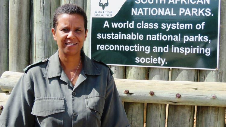 Cathy Dreyer: Sie ist die erste Chef-Rangerin des Kruger-Nationalparks in Südafrika. (Markus Schönherr)