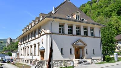 Der Beschuldigte musste sich wegen versuchter vorsätzlicher Tötung vor dem Amtsgericht Thal-Gäu in Balsthal verantworten. (Bruno Kissling)