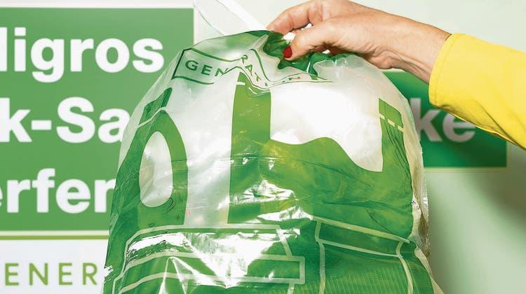 Nach Kritik: Migros startet doch noch mit der Plastiksammlung