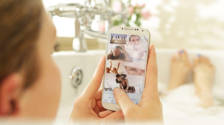 Eine Gossauerin erlitt in einer Badewanne einen tödlichen Stromschlag. (Bild: Getty Images)