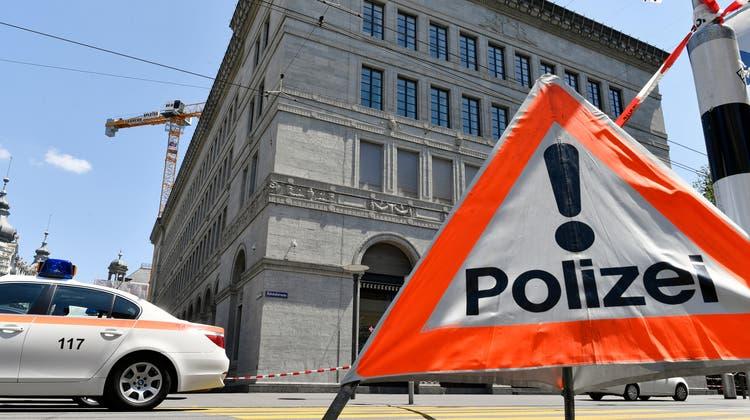 Die Stadtpolizei Zürich musste am Montagmorgen wegen eines Tötungsdelikts ausrücken. (Symbolbild) (Keystone)