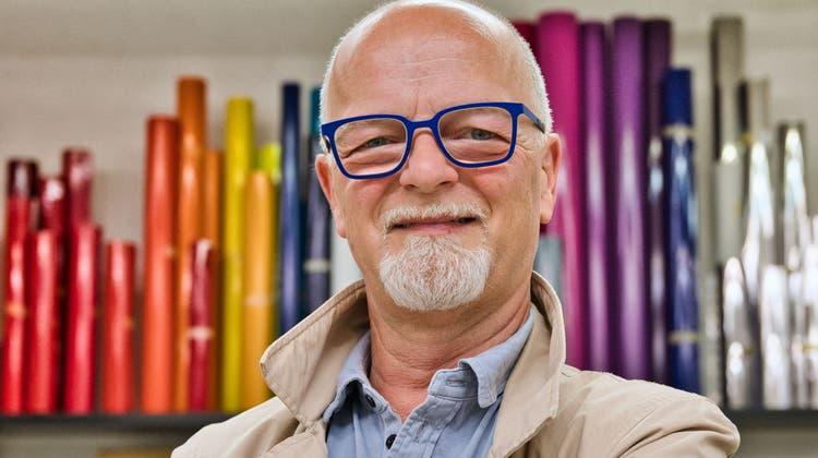 Martin Rickenbach in seinem Grafikatelier im Schrofen. (Bild: Manuel Nagel)