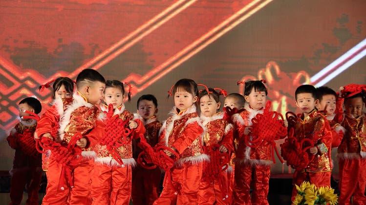 20 Millionen Kinder kamen in China im vergangenen Jahr zur Welt: Viel zu wenige, um den wirtschaftlichen Aufschwung des Landes in die Zukunft tragen zu können. (Bild: Pixabay)
