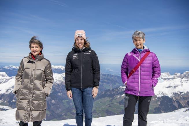Symbolpolitik auf dem Gletscher: Für das CO2-Gesetz besuchte Sommaruga mit Skistar Michelle Gisin und SAC-Präsidentin Françoise Jaquet den Titlis.
