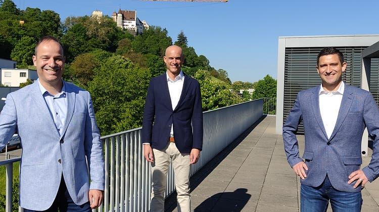 Rektor Tobias Widmer, Leiter des Weiterbildungszentrums Fabian Schaller und Innovationsmanager Daniel Bolliger (von links). (Valérie Jost)