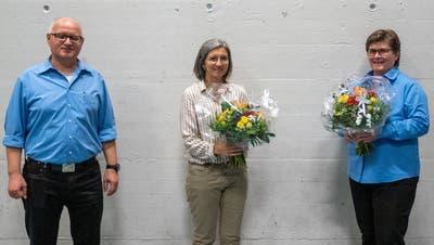 Von links: Korporationsratspräsident Christian Rohrer, die neu gewählte Korporationsrätin Beatrice Rohrer und die abtretende Korporationsrätin Christa Rohrer. (Bild: PD)