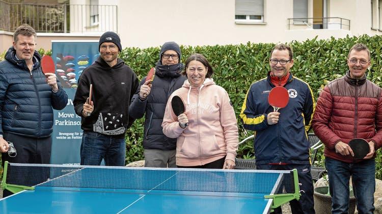 Selbsthilfe durch Tischtennis: Parkinsonbetroffene wollen nach Berlin fahren