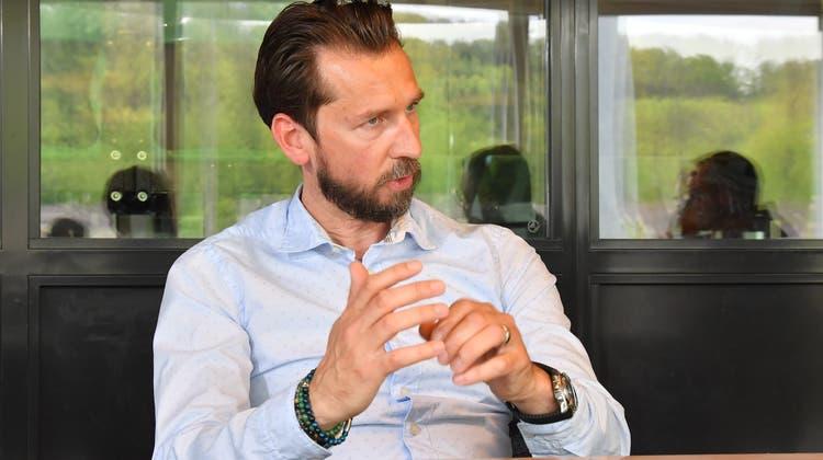 Der neue EHC-Olten-Trainer Lars Leuenberger in der Baloise Lounge im Stadion Kleinholz. (Bruno Kissling / Oltner Tagblatt)