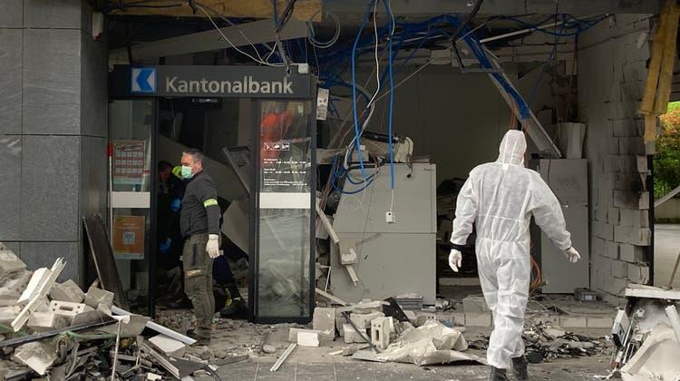 Bankomatin Nussbaumen gesprengt – Täter auf der Flucht