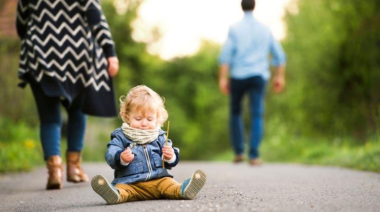 Das Kind darf beide Elternteile sehen, auch wenn die Mutter und der Vater getrennte Wege gehen. (Getty)