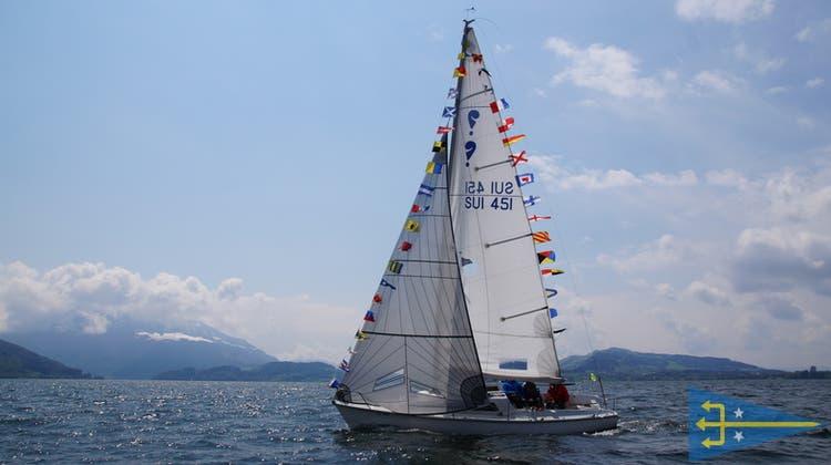 Bruno Oldanis Segeljacht Tabaluga war zur Saisoneröffnung feierlich geschmückt. (Bild: PD)