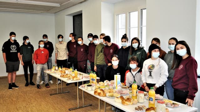 Jugendgruppe Isenthal – ein Jubiläums-Brunch bis zur Haustüre
