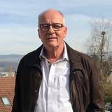 OK-Präsident Markus Jost vor der Alten Kirche Wohlenschwil. (zvg)