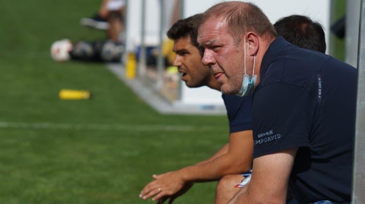 Sportchef Christian Müller (vorne) und TrainerJoão Paiva (hinten) sind seit vergangenem Montag nicht mehr für die sportlichen Belange beim FC Dietikon verantwortlich. (Bild: Ruedi Burkart / Limmattaler Zeitung)