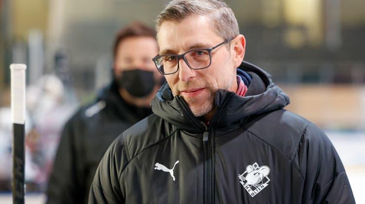 Rolf Schrepfer, der in den vergangenen Monaten hervorragende Arbeit als Assistenztrainer beim EHC Olten leistete, bleibt Headcoach des EHC Arosa. (Marc Schumacher / freshfocus)