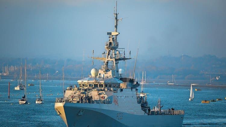 Kriegsschiffe im Ärmelkanal: London und Paris schicken Marineboote los – was hinter der Eskalation steckt