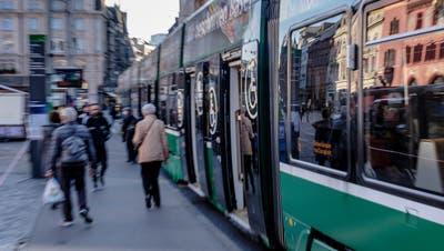 Zeitweise brachen die Fahrgastzahlen im vergangenen Jahr um über 75 Prozent ein. (Kenneth Nars)