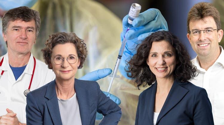 Bei der Frage nach der Impfreihenfolge sind sich Severin Lüscher (Grüne), Sabina Freiermuth (FDP), Gabriela Suter (SP) und Clemens Hochreuter (SVP) nicht einig. (Montage AZ)