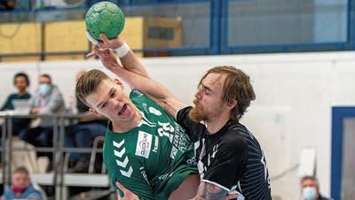 Aleksander Spende und der RTV packen mehrfach hart zu und spielen bis kurz vor Schluss auf Augenhöhe mit Pfadi. (Bild: Peter/Archiv)