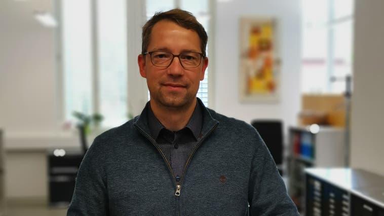 Florian Wunderlin, 46, ist seit 2006 Gemeindeschreiber von Mettauertal– vor der Fusion in Wil. (Bild: zvg)