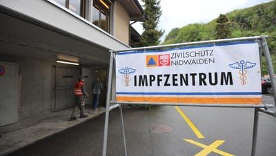 Das Nidwaldner Impfzentrum ist in der Zivilschutzanlage in Stansstad eingerichtet worden. (Bild: Urs Hanhart (Stansstad, 7. Mai 2021))