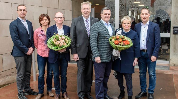 Der aktuelle Gemeinderat Riehen von links:Daniel Hettich (LDP), Christine Kaufmann (EVP), Guido Vogel (SP), Gemeindepräsident Hansjörg Wilde, Felix Wehrli (SVP), Silvia Schweizer (FDP), Daniel Albietz (CVP). (Kenneth Nars/ BLZ)