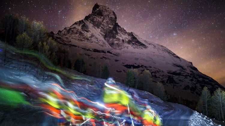 Start zu einer Patrouille des Glaciers vor zwei Jahren im Wallis. Die nächste soll in einem Jahr stattfinden – ohne Armee. (Keystone)