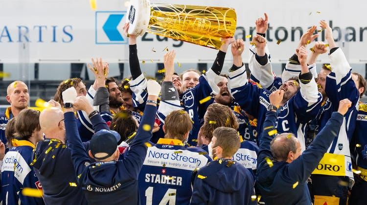 Alles richtig gemacht: Der EV Zug bejubelt erstmals seit 23 Jahren einen Meistertitel. (Pascal Muller / freshfocus)