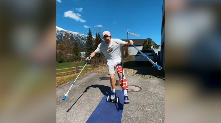 Auch an Krücken nicht zu stoppen: Andri Ragettli meistert einen Parcours trotz Verletzung