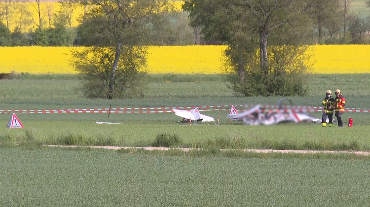 Kleinflugzeug in Oberramsern abgestürzt – beide Insassen vor Ort verstorben
