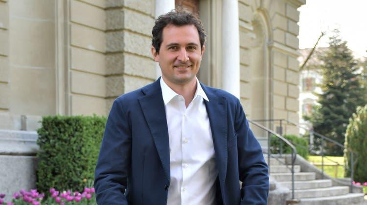 Andreas Zürcher (36), wohnt er mit seiner  Partnerin in Wettingen. Er kandidiert als Präsident für das Bezirksgericht Zofingen. (Janine Müller)