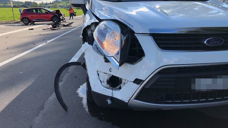 Beim Unfall wurde eine Person leicht verletzt. (Bild: Kapo TG)